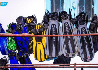 diving equipment 9